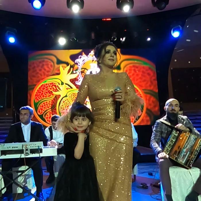 Певица Зенфира Ибрахимова в ресторане Сказка Востока 1001 Ночь